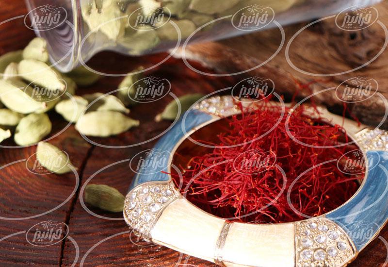 ساخت اسپری زعفران برای صادرات به پاکستان